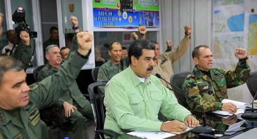 مادورو: لدينا سيطرة حكومية كاملة على البلاد