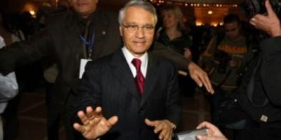 المحكمة العليا الجزائرية تحقق في قضايا فساد متعلقة بوزير الطاقة السابق