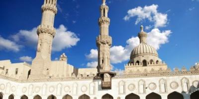 الأوقاف المصري تحظر إذاعة صلاة التراويح بمكبرات الصوت