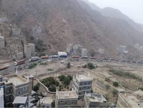قرار جديد من الحزام الأمني في يافع بتنظيم حركة سير الشاحنات