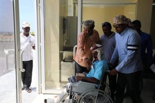 """نقل حالات جديدة من سقطرى للعلاج في الإمارات على نفقة """"خليفة الإنسانية"""" (صور)"""