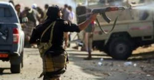 إعلامي: ما يفعله الإصلاح بحق أطفال تعز جريمة حرب متكاملة