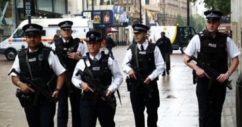 نيوزيلندا تبحث عن لص سرق 11 قطعة سلاح من مركز للشرطة