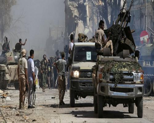 الجزائر وتونس تدعوان لاجتماع عاجل بهدف وقف الاقتتال في ليبيا