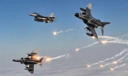 مقاتلات التحالف تستهدف تجمعات وتعزيزات حوثية في تعز