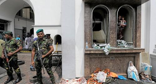 سريلانكا.. الجيش يقتل 15 شخصًا بينهم 6 أطفال بمنزل يشتبه أنه لمتشددين على علاقة بالتفجيرات