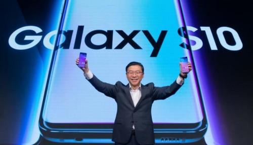 """خلال شهر ونصف..مبيعات """"جالاكسي أس 10"""" تتجاوز المليون هاتف"""
