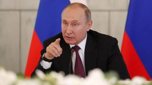 بوتين: ندرس منح الجنسية الروسية لجميع أبناء أوكرانيا