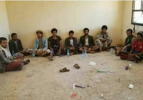 خلال أسبوع.. 300 أسير حوثي في قبضة الحزام الأمني بالضالع