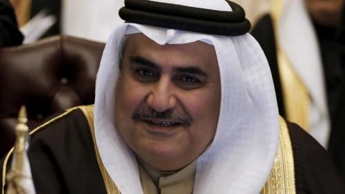 صحفي يُشيد بوزير الخارجية البحريني.. لهذا السبب