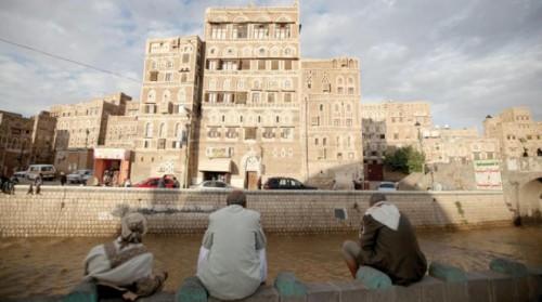 يعيشون في مساكن من الصفيح.. الحوثي يقتل فئة المهمشين
