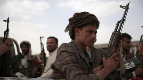 مليشيات الحوثي تدفع بتعزيزات عسكرية جديدة نحو مديرية حيس