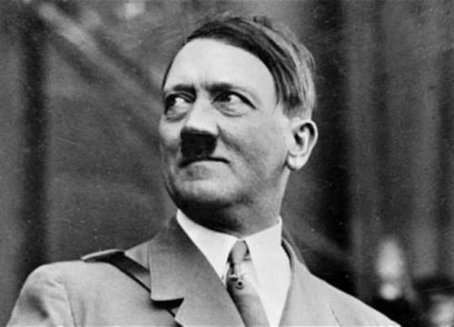 حدث في مثل هذا اليوم.. انتحار هتلر وتنصيب أول رئيس أمريكي