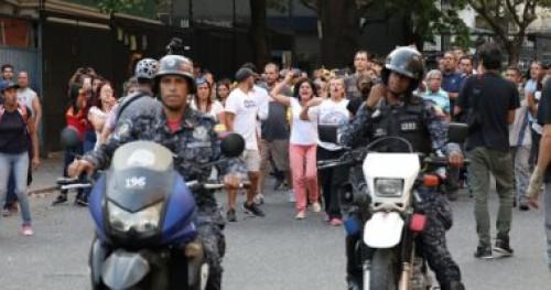سماع دوي إطلاق نار وسط حشد قاده زعيم المعارضة الفنزويلي