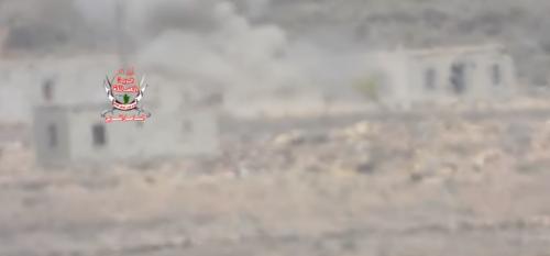 تدمير طقم عسكري حوثي في جبهة مريس شمال الضالع (فيديو)