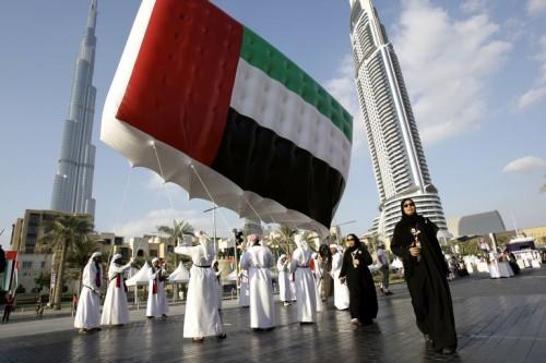 الحربي: الإمارات جعلت أولويتها خدمة مواطنيها والمقيمين فيها
