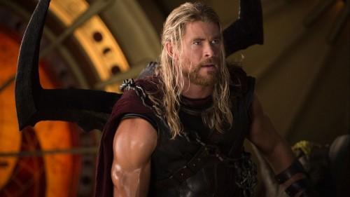 كريس هيمسورث يشكر الجمهور بعد تحقيق طفرة بإيرادات Avengers: Endgame