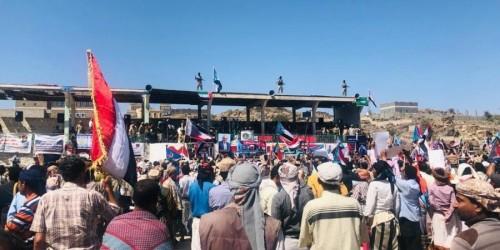 الرئيس الزبيدي يحضر الاحتفال بذكرى تأسيس الانتقالي وتحرير العر