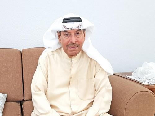 المطرب الكويتي مصطفى أحمد يطمئن جمهوره على حالته الصحية