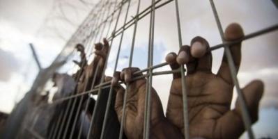 الصعق بالكهرباء والضرب على الكلى.. وسائل حوثية لقتل الأبرياء بالسجون