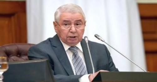 الرئيس الجزائري المؤقت يجتمع بوزيري التجارة والأوقاف بمقر الرئاسة