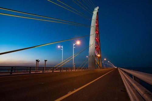 سياسي إماراتي: جسر الشيخ جابر مشروع عملاق