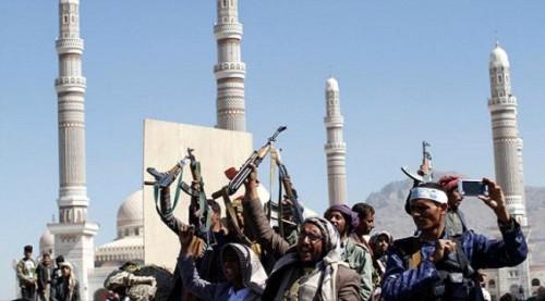 حرب حوثية شعواء.. المليشيات تُسكت تراويح المساجد