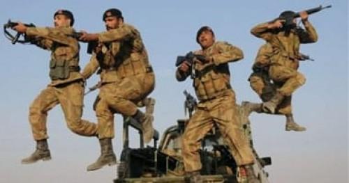 اندلاع اشتباكات عنيفة بين القوات الهندية والباكستانية