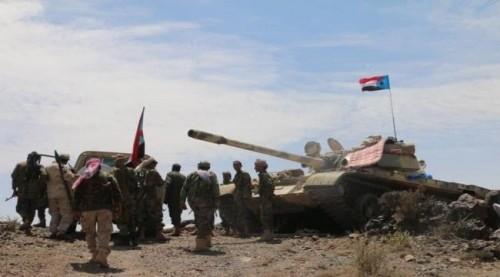 القوات الجنوبية تسيطر على مواقع إستراتيجية شمال الضالع (فيديوجراف)