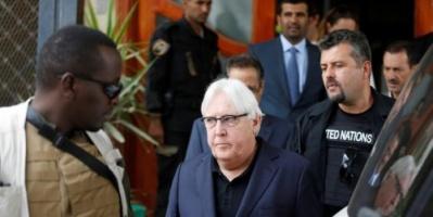 غريفيث إلى صنعاء.. تعددت الزيارات وقصف الحديدة مازال مستمرا