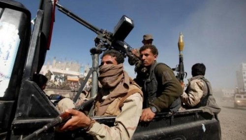 مليشيا الحوثي تستقطع 30% من المواد الغذائية الخاصة برمضان لمقاتليها