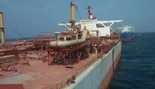 """تفاصيل منع مليشيا الحوثي وفداً أممياً من صيانة خزانات سفينة """"صافر"""""""