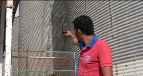 برنامج الأغذية العالمية يعلق على استهداف الحوثيين مطاحن البحر الأحمر