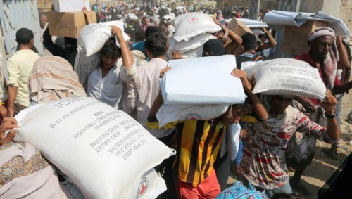 نهب وسرقة وطائفية.. الحوثيون يستقبلون رمضان على طريقتهم (ملف)