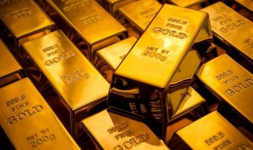 الذهب يشهد تراجعًا وسط توترات التجارة بين الصين وأمريكا