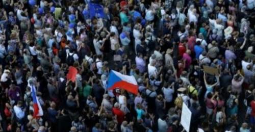 مسيرات بالتشيك للمطالبة باستقالة وزيرة العدل الجديدة