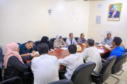 لجنة الحوار الجنوبي تواصل جلساتها بلقاء أكاديميين بارزين