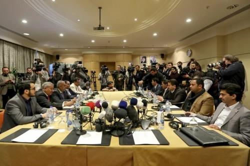 تفاصيل مطالبة الوفد الحكومي بتحرير المؤسسات المالية من الحوثي