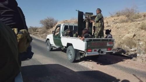 قوات الحزام الأمني تعتقل قيادي بارز بالمليشيات (فيديو)