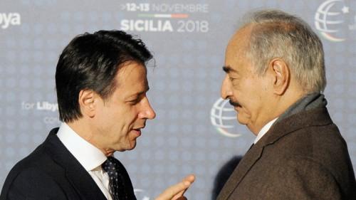 رئيس الوزراء الإيطالي يعرب عن قلق بلاده إزاء الوضع فى ليبيا