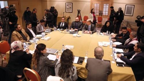 الوفد الحكومي باجتماعات عمان: فوجئنا بطرح حوثي أممي مخالف لاتفاق الحديدة