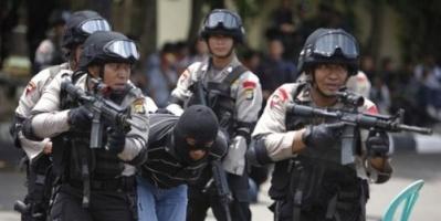 اعتقال عشرات الأندونسيين للاشتباه في صلتهم بداعش