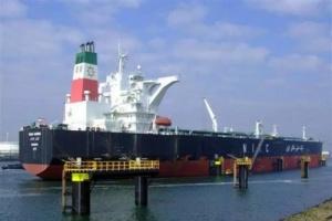 صادرات إيران من النفط تهبط إلى أقل من 500 ألف برميل يوميًا