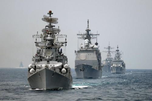 في ظل قرار إعادة الانتشار.. أمريكا تحذر الطائرات من مخاطر التحليق فوق الخليج