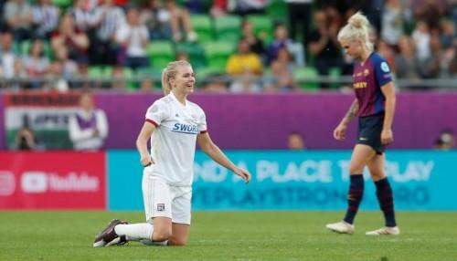 سيدات ليون يكتسحن برشلونة ويتوجن بلقب دوري أبطال أوروبا