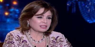 هكذا ردت إلهام شاهين على شائعة إفساد زواج شقيقتها من عمرو دياب (فيديو)