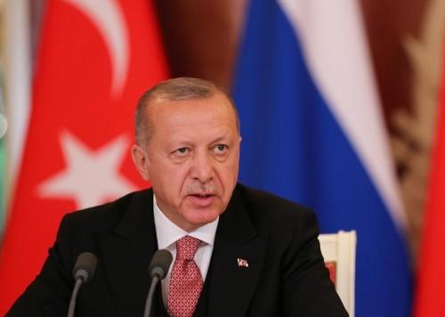 """سياسي: 90% من مؤسسي حزب أردوغان """"غادروه"""""""