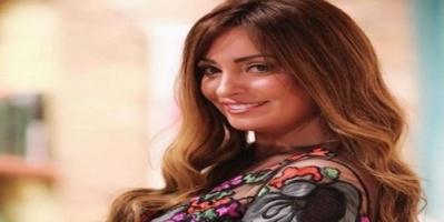 رانيا محمود ياسين تنفي تعرض نرمين الفقي لحادث (صورة)