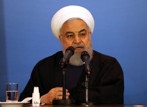 """""""روحاني"""" يطالب بصلاحيات موسعة لمواجهة ضغوطات أمريكا"""