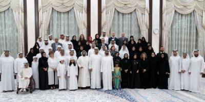 """بن راشد وبن زايد يشهدان إطلاق تطبيق """"عضيدك"""" للأسرة الإماراتية"""